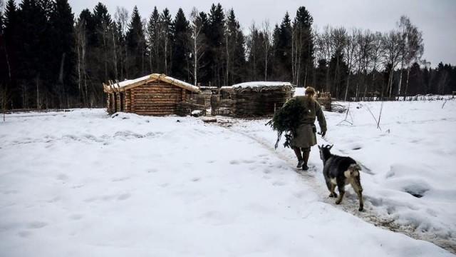 """Fotoğraflar Moskova'nın 70 km kuzeydoğusunda yer alan """"Sergiyev Posad"""" ormanında çekildi."""