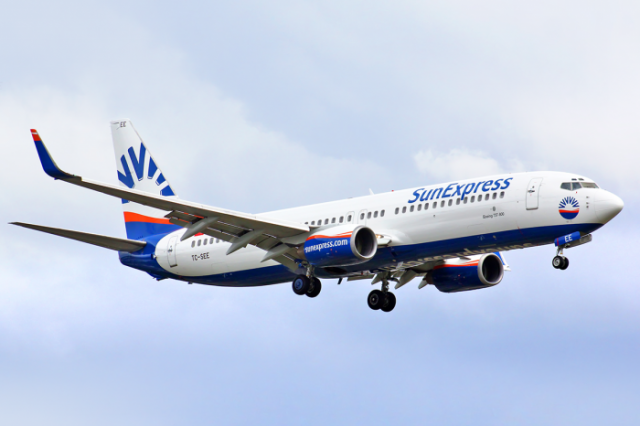 Antalya'dan uçuşlarında kapasite ve frekans artışına gidecek SunExpress, uçuş ağına bu yıl dış hatlarda Cenevre, Lubliyana, Manchester, Londra, Sofya, Kişinev, Beyrut, Erbil ve Tel Aviv ile yurt içinde Malatya ve Hatay'ı da ekleyecek.
