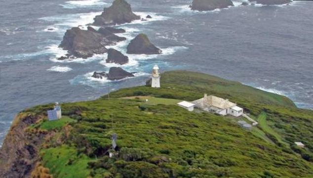 Bu gördüğünüz ev de tıpkı deniz feneri gibi 19. yüzyıldan kalma ve önceden fenercilerin, artık ise gönüllülerin konaklaması için kullanılıyor.