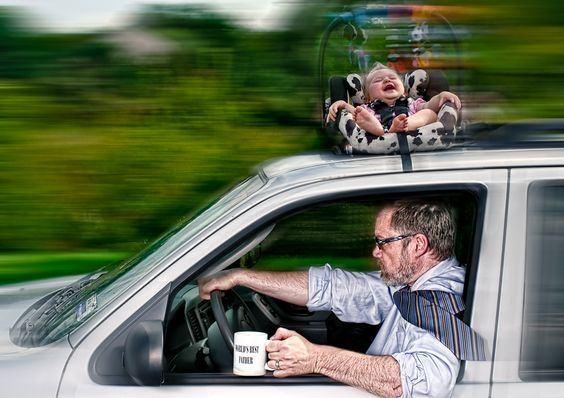 Çocuğunuzu babasına bıraktığınız zaman ortaya farklı kareler çıkabilir.