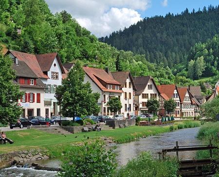 12. İsviçre -%3,3