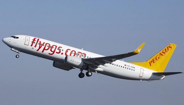 15 Haziran itibarıyla İsveç'ten Türkiye'ye uçuşları bulunan Pegasus havayolları bu sabah saatlerinde Hazirandaki tüm uçuşlarını iptal ederek, en erken uçuşunu 1 Temmuz olarak yeniden planladı.  Sabiha Gökçen Havalimanında koronavirüs tedbirleri kapsamında tüm tedbirlerini alarak, yolcu sağlığı için hazır olmasına rağmen yurtdışı hatlarında hava sahasının kapalı olma durumu nedeniyle uçuşlarda sürekli değişiklik yaşanıyor.  Haziran uçuşlarının sistemde iptal edildiği ve ay içinde İsveç'ten Türkiye'ye uçuşun olmadığını gözlenirken, havayolları tarafından her hangi bir açıklama henüz yapılmadı.