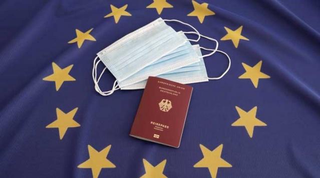 Avrupa Birliği (AB) Komisyonu aldığı ortak kararla Covid-19 sonrası normalleşme süreci kapsamında 1 Temmuz'da Schengen dışındaki 15 ülkeye daha sınırlarını açtığını açıkladı.  Buna göre Avustralya, Kanada, Japonya, Yeni Zelanda, Cezayir, Gürcistan, Karadağ, Fas, Rwanda, Sıbistan, Güney Kore, Tayland, Tunus, Uruguay ve Çin vatandaşları AB ülkelerine seyahat edebilecek.