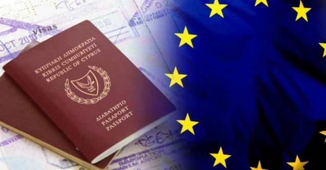 """Nikos Anastasiadis'in ülkede kanunsuz kişilerin para karşılığında Rum pasaportu alarak AB vatandaşı olmasını sağlayan, """"Altın Pasaport"""" olarak bilinen yatırım karşılığı vatandaşlık uygulamasında Rum liderin 8 kişi üzerinde bağlantısı tespit edildi.  Güney Kıbrıs Rum Yönetimi (GKRY) Başkanı Nikos Anastasiadis'in ülkede kanunsuz kişilerin para karşılığında Rum pasaportu alarak AB vatandaşı olmasını sağlayan, """"Altın Pasaport"""" olarak bilinen yatırım karşılığı vatandaşlık uygulamasında Rum liderin 8 kişi üzerinde bağlantısı tespit edildi.  Güney Kıbrıs Rum Yönetimi'nde kanunsuz kişilerin para karşılığında Rum pasaportu alarak AB vatandaşı olmasını sağlayan, """"Altın Pasaport"""" skandalında yeni gelişme yaşandı. """"Altın Pasaport"""" olayına ilişkin kurulan komitenin yürttüğü soruşturmada  Rum Yönetimi Başkanı Nikos Anastasiadis'in bağlantılı olduğu 8 vatandaşlık tespit edildi. Rum Sayıştay Başkanlığı, altın pasaportlar ve Ay.Napa Marinasına ilişkin tespitlerinin, Rum Yönetimi Başkanı Nikos Anastasiadis'in konuya müdahil olduğunu ortaya koyduğunu tespit etti."""