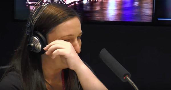 """Avustralya'nın Sidney şehrinde yaşayan Amanda 36 haftalık hamileydi. Eşiyle beraber hayallerindeki eve taşındılar. Eşi birdenbire kendisinden ayrılmak istediğini söyledi.  Amanda şoka uğradı.  KIIS 1065'e konuşan Amanda """"Hayatımın en büyük şokuydu. Geleceğe dair planlarımda bu yoktu. Gerçekten çok zordu"""" dedi."""