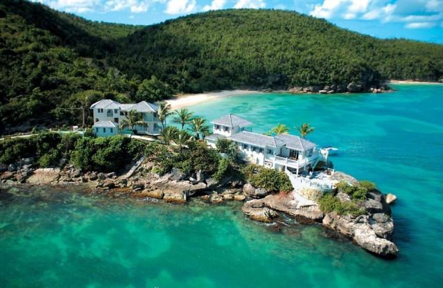 Antigua ve Barbuda  180 gün vizesiz.