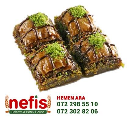 İsveç'li kadınların en sevdiği ve onların gözdesi olan çikolatalı baklavayı es geçmeyin.