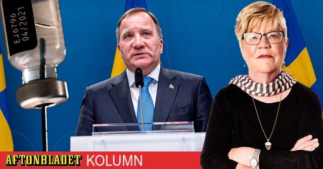 İsveç'te hükümetin salgınla yeterince mücadele etmediği yönündeki inanç her geçen gün artarken, hükümete olan güvende azalmaya devam ediyor.  Bazı uzman ve tecrübeli gazeteciler salgının gelecek yılki seçimlerde hükümet değişikliğine neden olabileceğini savunuyor.  Stefan Löfven liderliğindeki hükümet, özellikle aşılama ile ilgili taahhüdü noktasında da yeterince mücadele etmediği ve olayı hafife aldığı yönünde eleştirilerin odağında.  Gerek salgın yönetiminin genel süreci, gerekse aşı adımları konusunda tatminden uzak olan hükümetin gelecek yılki seçimlerde böyle devam ederse ağır fatura ödeyebileceği tartışılmaya başlandı.  Aftonbladet'in kıdemli köşe yazarı gazeteci Lena Mellin, hükümetin tüm yetişkinleri aşılama konusundaki adımları hafife aldığını bunun gelecek yıl yapılacak olan seçimlerde ciddi bedel ödetebileceğini iddia etti.