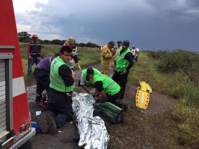 Uçağın düşüş nedeniyle ilgili bir açıklama yapmazken kaza ile ilgili araştırmanın devam ettiği açıklandı.