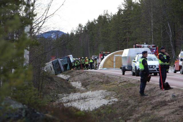 Kazada hayatını kaybedenler için çok üzgün olduğunu belirten 47 yaşındaki sürücü, gözyaşlarına boğuldu.