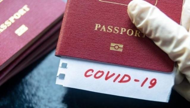 Koronavirüs salgını gölgesinde yabancı turistleri ağırlamaya hazırlanan Türkiye'de yetkililer, turistlerin ülkelerine dönüşü için gerekli Covid-19 testleri için bazı ayrıntıları açıkladı.  Avrupa Birliği (AB) 1 Temmuz'dan itibaren bazı ülkelere dış sınırlarını açıyor. Türkiye'nin AB'nin sınırlarını açtığı ülkeler arasında bulunup bulunmadığı henüz kesinlik kazanmadı ancak Türkiye Avrupalı turistler için hazırlıklara başladı.