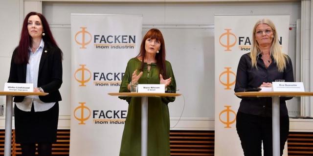 """IF Metall'den Marie Nilsson, """"İsveç işgücü piyasasını normlandıran yeni marka olacak"""" dedi.  2,8 milyon İsveçliyi etkileyen sanayi anlaşması, salgın nedeniyle her zamanki gibi ilkbaharda müzakere edilmedi.  Bunun yerine, yeni bir anlaşmanın imzalanması yedi aylığına ertelendi, ancak dün, 31 Ekim, önceki anlaşmanın süresi doldu.  Alınan zam kararı açıklandı: Sendikanın zafer olarak sunduğu 29 ayda yüzde 5,4 ücret artışı olacak."""
