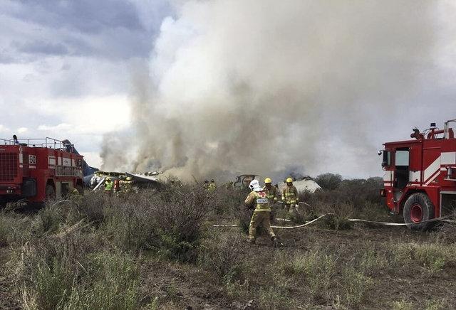 Yerel basında çıkan haberlerde, kazadan sağ kurtulan yolcuların yardım almak için yol kenarına doğru yürüdüklerinin görüldüğü aktarıldı.