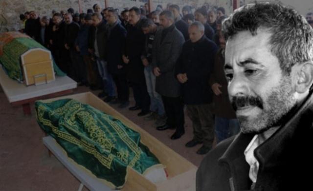 Elazığ'ın Sivrice ilçesi merkezli 6.8 büyüklüğündeki depremde, Malatya'nın Doğanyol ilçesinde çöken evde yaşamını yitiren Gazal Say (33) ile oğlu Yusuf Ali Say (5), gözyaşları arasında toprağa verildi.
