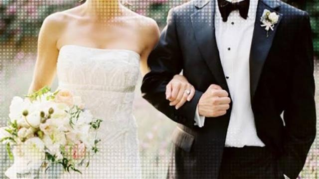 İsveç İstatistik bürosunun paylaştığı bilgilere göre, geçen yıl İsveç'te toplam 50 bin 796 evlilik yaşandı. Ancak evlenen kadın ve erkeklerin sayısı normal evlilik sayısından düşüktü.