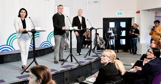 Koronavirüs salgınına en fazla can kaybı veren iskandinav ülkesi olan İsveç'te son bir günde 88 kişi daha hayatını kaybederken, ülkede korona virüs bağlantılı can kayıplarındaki sayı 3 bin 831'e yükseldi.  Vaka sayısında büyük artış görülen İsveç'te son bir günde 724 yeni vaka tespit edildi. Tespit edilen yeni vakalarla birlikte ülke genelindeki vaka sayısı 31 bin 523'e ulaştı.