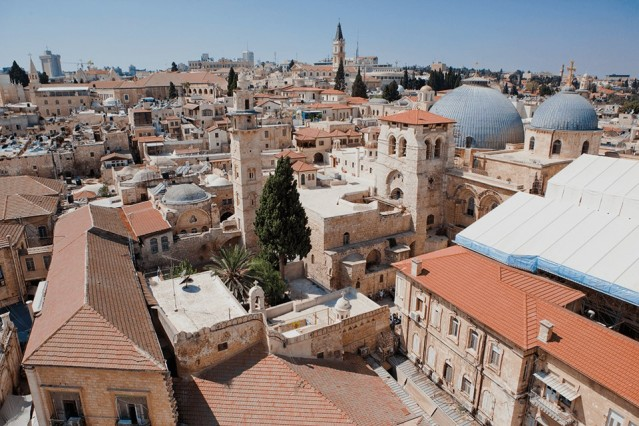 Filistin  30 gün vizesiz. Filistin'e İsrail üzerinden gidilecekse İsrail vizesi almak gerekiyor. Mısır üzerinden gidilecekse Mısır da vize istiyor.