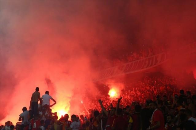 Turkcell Süper Kupa maçında Sporo Toto Süper Lig şampiyonu Beşiktaş ile Ziraat Türkiye Kupası'nın sahibi Galatasaray karşılaştı.