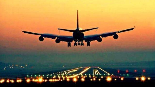 Dünyanın en büyük uçuş takvimi ve uçuş durumu veri tabanına sahip şirketi OAG Aviation Worldwide, en iyi havayolu firmalarını belirledi ilk 20'ye Türkiye'den tek bir şirket girdi.
