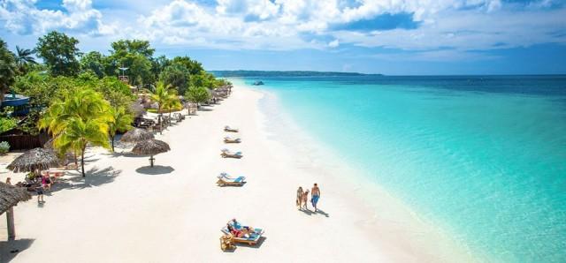 Jamaika  90 gün vizesiz.