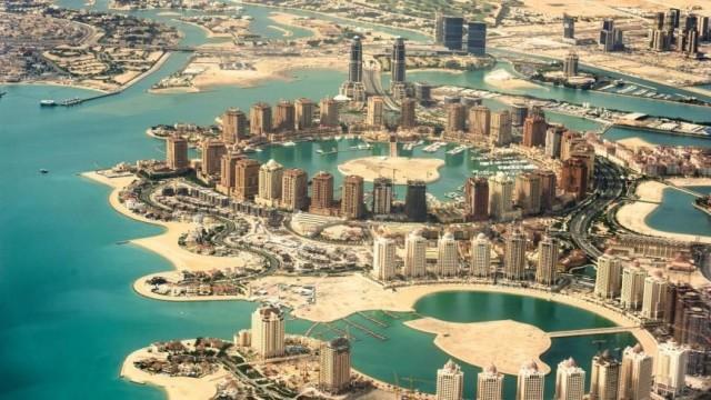 Katar  Kapıda vize uygulaması var.  180 günde 90 günü aşmayacak şekilde vizesiz.  Havalimanında vize ücretsiz olarak alınıyor.