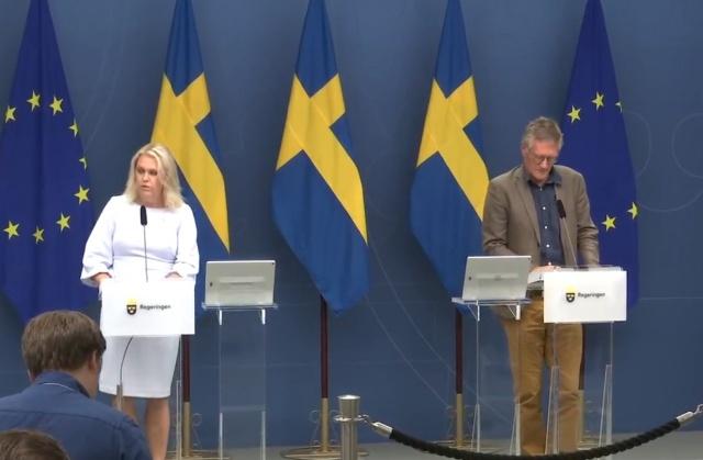 İsveç Sosyal İşler Bakanı Lena Hallengren ve koronavirüsle mücadele İsveç stratejisinin mimarı devlet epidemiyoloğu Anders Tegnell ortak bir basın toplantısı düzenledi.  Pandemi ile mücadelede genel durum, gelinen nokta ve geleceğe dair bilgilendirmelerin yapıldığı basın toplantısı notları şöyle: