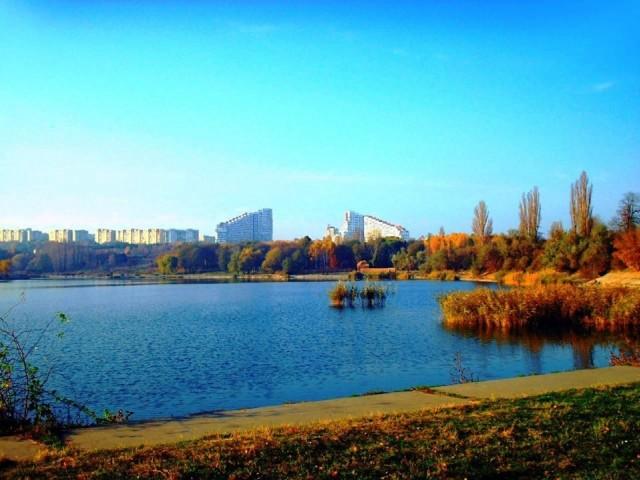 Moldova  90 gün vizesiz.