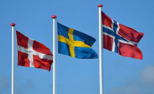 Koronavirüs salgınıyla birlikte mart ayında sınırlarını İsveç'te kapatan komşu Norveç, uzun aradan sonra kısmi olarak kapılarını açmaya başladı.  Norveç hükümeti tarafından yapılan açıklamaya göre, İsveç'in Skåne, Blekinge ve Kronoberg bölgelerine 15 Temmuz itibarıyla kapılar açılıyor.  Norveç hükümeti 15 temmuzdan itibaren İsveç'e kısmen sınırlarını açacağını duyurdu. Açıklamada Blekinge, Kronoberg eve  Skåne bölgesine gidecek Norveçliler ülkelerine geri döndüğünde  karantina uygulanmayacağı belirtildi.