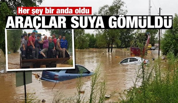 Türkiye'de Ordu'nun Ünye ilçesinde aşırı yağış nedeniyle kaos yaşanıyor.