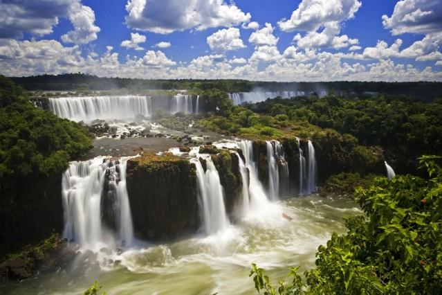 Paraguay  180 günde 90 günü aşmayacak şekilde vizesiz.