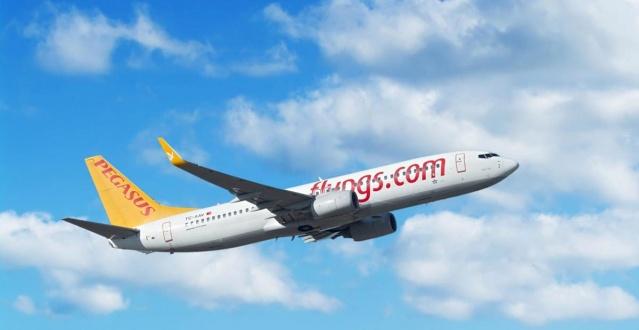 Pegasus Hava Yolları, olumsuz hava koşulları nedeniyle aksayan uçuşlara ilişkin bir açıklama yaptı.