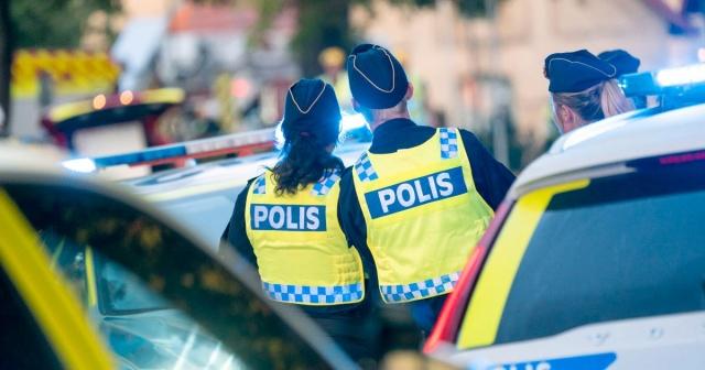 Başkent Stockholm'de gün içinde polisin yaptığı operasyonlarla altı kişinin gözaltına alındığı bildirildi.