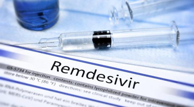 """Bu yaz, ilaç AB'de, diğer şeylerin yanı sıra, İsveç Tıbbi Ürünler Ajansı, otoritenin kendisinin yazdığı """"son derece kısa bir süre"""" hakkındaki hazırlığı değerlendirdikten sonra AB'de onaylandı.  Ancak Kasım ayında, Dünya Sağlık Örgütü (WHO), ilacın mortalite üzerinde hiçbir etkisi olmadığını tespit ettikten sonra, covid-19'a karşı strapsivir kullanımına karşı bir tavsiye yayınladı."""