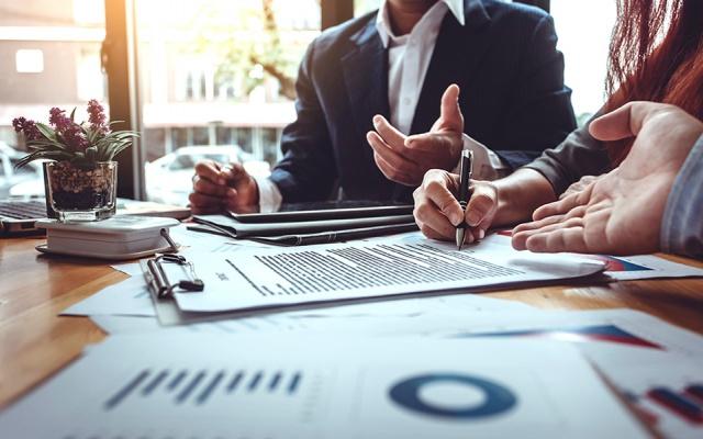 İsveç'te yüzlerce dev şirket bulunuyor. Kantar Sifo'nun yaptığı bir araştırmaya göre, en saygın ve en çok itibar kaybeden şirketler listesini yayınladı.  Kantar Sifo araştırması 1997'den beri her yıl yapılmaktadır. Araştırma, sektörlerde tanınmış şirketlere, pazar liderlerine veya destekleyicilere dayanmaktadır. 10 - 20 Şubat 2020 arasında 16 yaş üstü 1200'den fazla kişiyle görüşme yapılarak hazırlanan raporda en çok güven duyulan ve güven duyulmayan şirkeler şöyle sıralandı.  İşte İsveçlilerin en çok güven duyduğu ve güvenmediği şirketler.  En iyi üne sahip ilk beş şirket