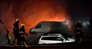 Stockholm'de çıkan garaj yangınında 200 araç hasar gördü