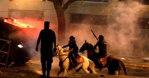 Ülke ateş içinde Muhalefet parti lideri öldürüldü!