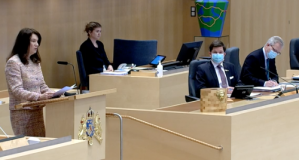 İsveç Dışişleri bakanından çift maskeli önlem