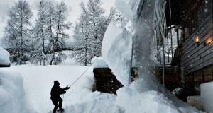 İsveç'teki bazı bölgelerde kar kalınlığı 1,5 metreyi geçti