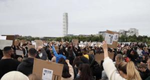 Polis gösteri iptal dedi ama İşte Malmö'deki protestodan ilk görüntüler