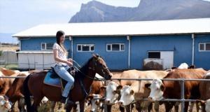 Avustralyalı kadın ülkesini bırakıp Ağrı'da çalışmaya başladı