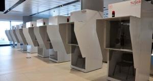 İstanbul Havalimanı'na günde 40 bin yolcuyu test edebilecek, koronavirüs test merkezi kuruldu