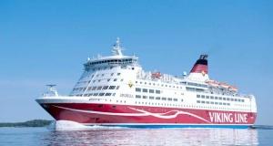 Viking Line gemisinde panik: Dev gemi karaya oturdu