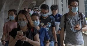 Maske takmak koronavirüse karşı ne kadar etkili? Uzmanlar yanıtladı