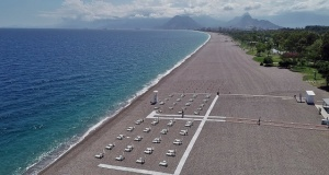 Konyaaltı sahilinde 'temassız tatil' düzenlemesi