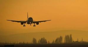 Covid-19 aşısı uçak yolculuğu için zorunlu olacak mı?