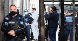 Fransa'da bıçaklı saldırı: En az üç ölü