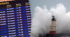Ciara fırtınası İsveç'teki uçuşları da vurdu