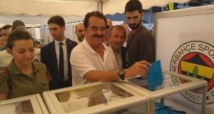 Fenerbahçeli ünlü isimler oylarını kullandı