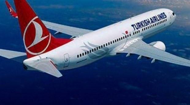 """Korona tedbirleri kapsamında durdurulan iç hat uçuşları yeniden başladı. THY bugün ilk seferini saat 10.00'da İstanbul'dan Ankara Esenboğa Havalimanı'na gerçekleştirdi. Ulaştırma Bakanı İsmailoğlu, """"Gerekli hazırlıkların yapılması için 1 ay boyunca yoğun bir çalışma sürdürdük"""" dedi."""