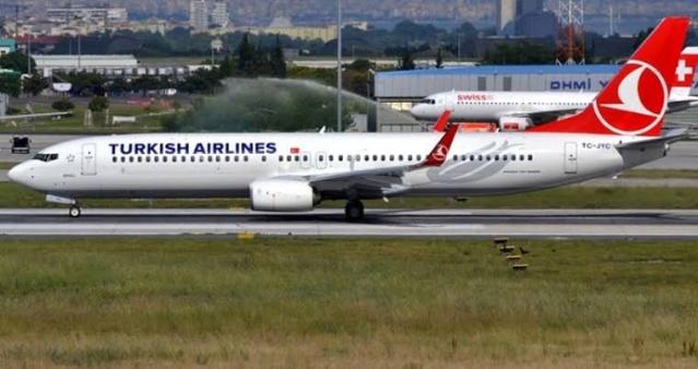 Boeing şirketi, Endonezya ve Etiyopya'da iki uçağın 5 ay arayla düşmesinin ardından 737 MAX serisi uçakları yere indirmiş, yaşanan kazalardan dolayı şirket büyük güven kaybı yaşamıştı. Türk Hava Yolları ise küresel ölçekte yaşanan bu sorundan en çok olumsuz etkilenen şirketler arasında yer alıyor.